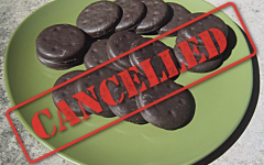 "Jessica the Thin Mint responds to ""choco-diet"" outrage"