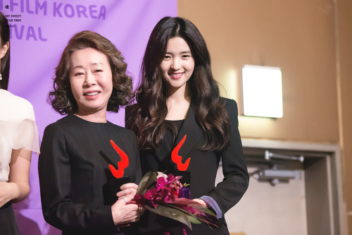 Yoon Yeo-jeong (left) and Kim Taer-ri (right) at the 2016 Women-In-Film Korea Festival.